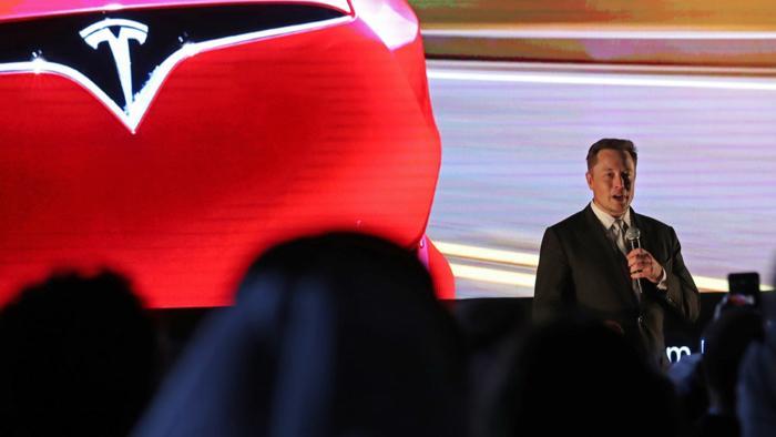 Neuer KI-Forschungschef bringt Tesla wichtige Kompetenz bei Verstärkungslernen