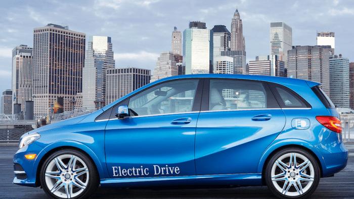 Daimler baut Batterieproduktion im Stammwerk auf – Streit mit Betriebsratt beigelegt