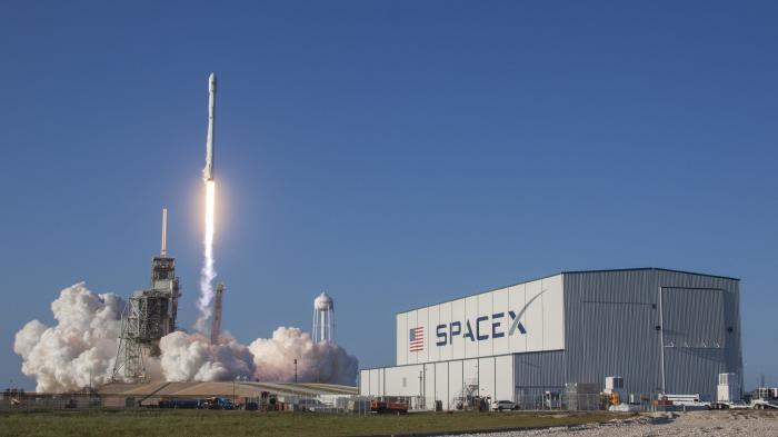 SpaceX jetzt angeblich 21 Milliarden US-Dollar wert