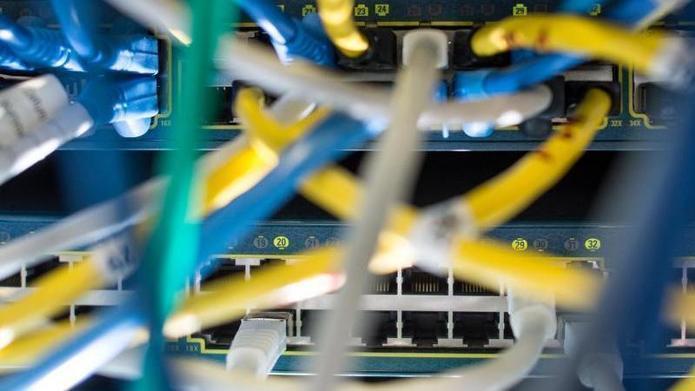 """EU-Rat will """"alle Optionen"""" für neue Vorratsdatenspeicherung ausloten"""