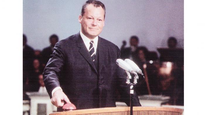 50 Jahre PAL-Farbfernsehen – eine Grabrede zum Geburtstag
