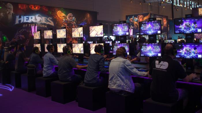 Erste Impressionen der schönsten Stände von der größten Spielemesse der Welt