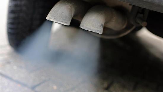 EU-Kommission will Auto-Emissionen um 30 Prozent drücken