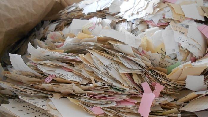 Nur kleiner Teil der zerrissenen Stasi-Akten wieder lesbar