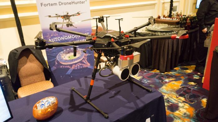 DroneHunter: Abfangjäger gegen unerwünschte Flugobjekte