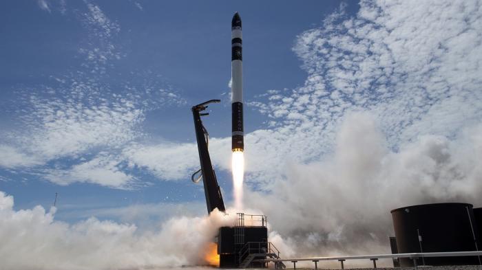 "Rocket Lab Electron ""Still Testing"" startet"