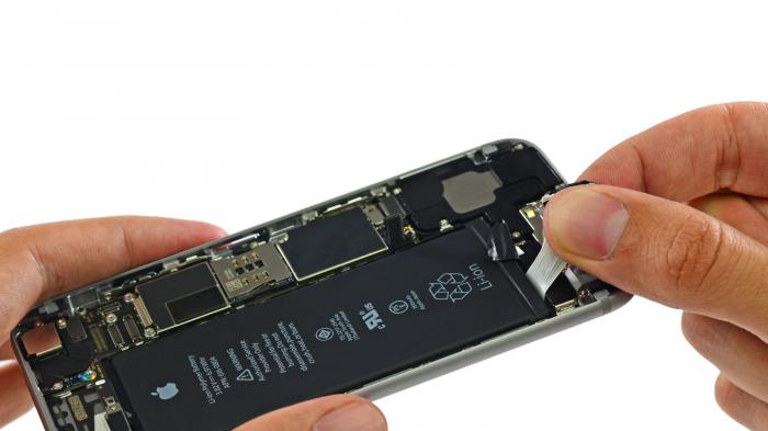 Gesetzentwurf gegen schwer zu wechselnde Batterien.