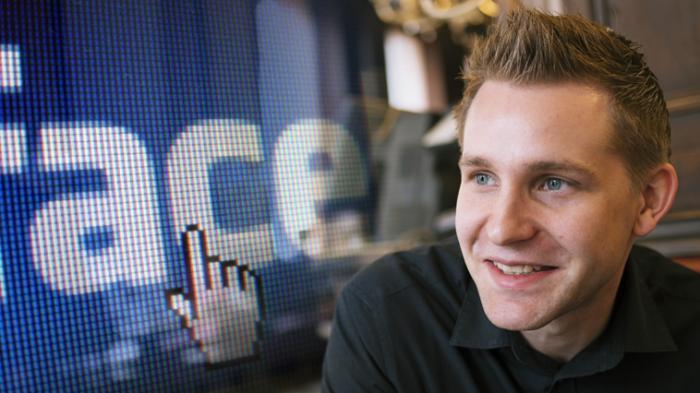 Facebook-Logo, Porträt Max Schrems'