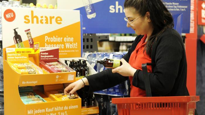 """Produkt-Sharing: Helfen mit """"sozialen Produkten"""" aus dem Supermarkt"""
