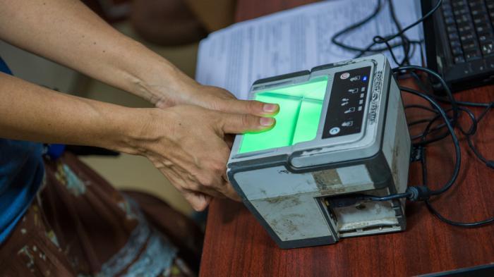 Reis gegen Fingerabdruck: Digitalwahn und Hunger in Indien