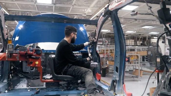 Elektroautos: Tesla steigert Autoproduktion