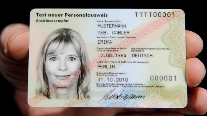 EU-Kommission will digitale Fingerabdrücke verpflichtend in Personalausweisen einführen