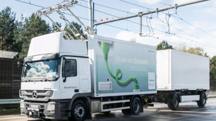eHighway: Bauarbeiten für Oberleitungen an Autobahn in Schleswig-Holstein beginnen
