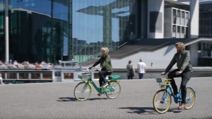 Radeln mit Reante - Bikesharing im Test, Interview mit Renate Künast