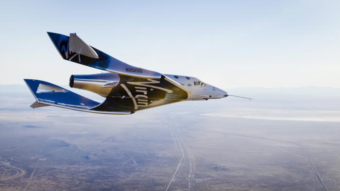 Fluggerät über Wüste