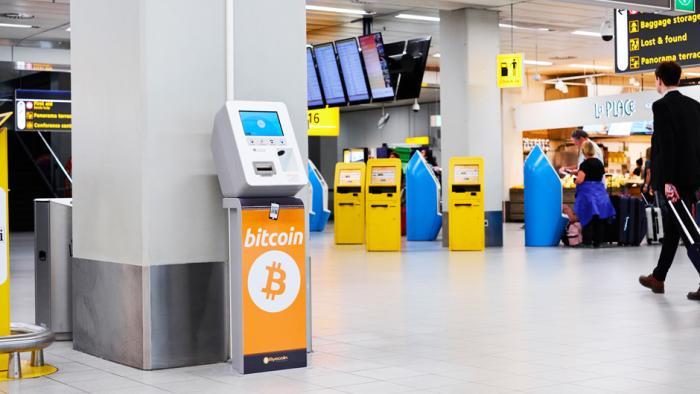 Bitcoin-Automaten am Flughafen: Bitcoins statt Urlaubs-Restgeld