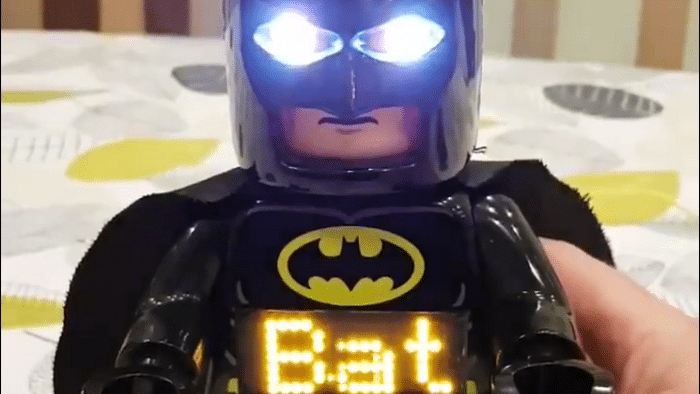 Lego-Batman mit Raspi statt Uhr