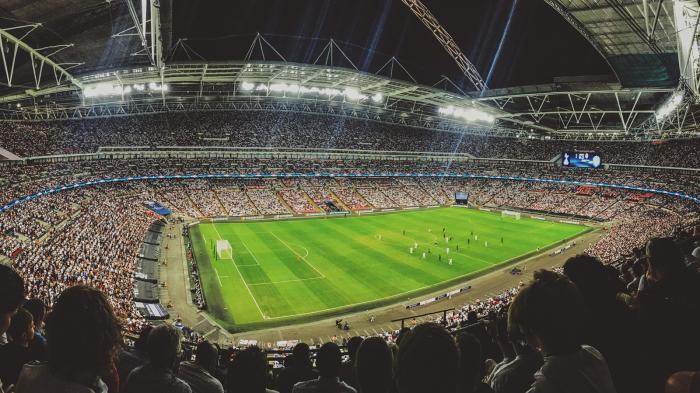 Champions League: Kartellamt untersucht Sky-Deal mit Streamingdienst DAZN