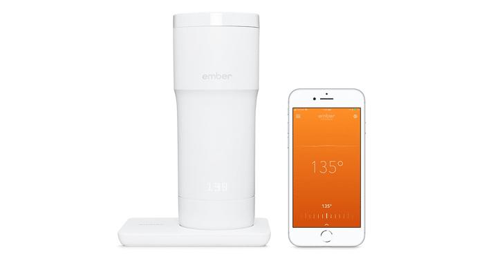 Kaffeebecher mit iPhone-Anschluss