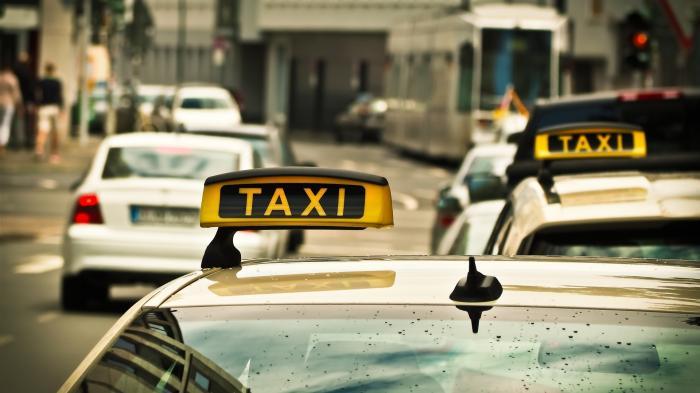 Uber & Co: Scheuer will schon 2020 liberalisierten Taxi- und Fahrdienstmarkt