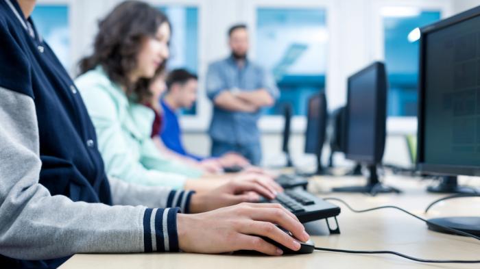 Informatik wird Pflichtfach an Schweizer Gymnasien