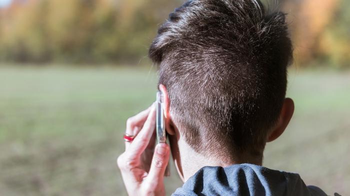 Bundesbürger telefonieren erstmals mehr mobil als vom Festnetz