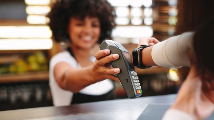 Studie: 6 Prozent zahlen im Laden mobil, 59 Prozent davon mehrmals pro Monat