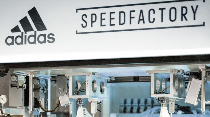 Fertigung mit Robotern: Adidas stellt prestigeträchtige Speedfactorys ein