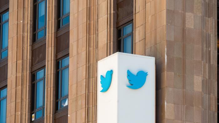 Twitter entschuldigt sich für falsche Faktencheck-Informationen