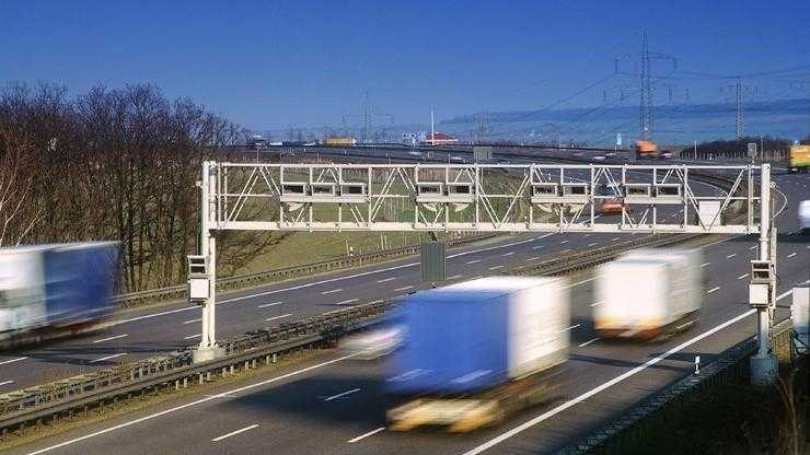 Bundesregierung beschließt neue Lkw-Maut-Sätze, Elektro-Lkw werden befreit