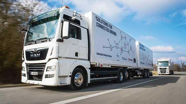 Platooning: Vernetzte Lkw-Konvois starten Alltagsbetrieb auf der A9