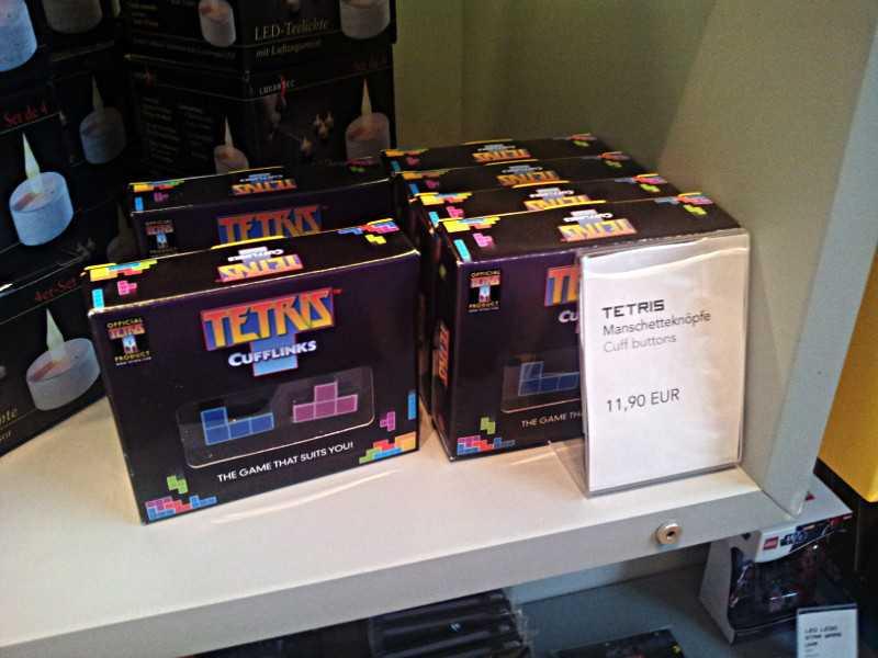 Tetris, in Form eines Manschettenknopfes