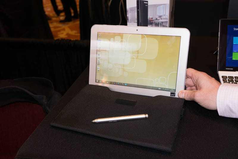 Das Encore 2 Write wird mit Digitizer-Stift ausgeliefert.