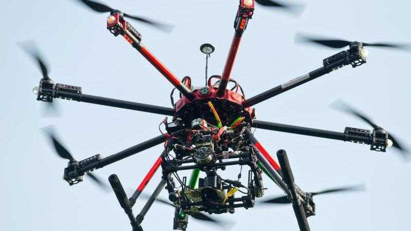 Ein Kopter von Draganfly als Polizei-Drohne