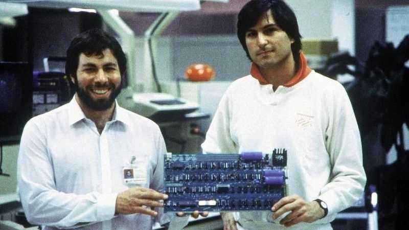 Apple-1 mit Woz und Steve Jobs