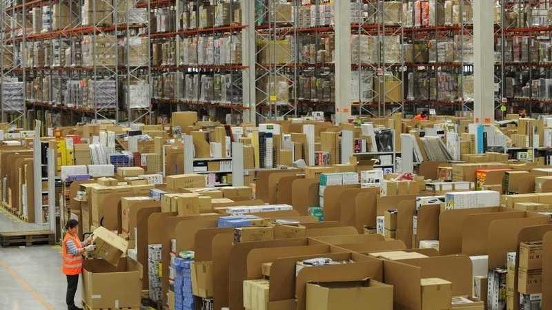 Amazon-Deutschlandchef: Mehr Arbeitsplätze durch Roboter