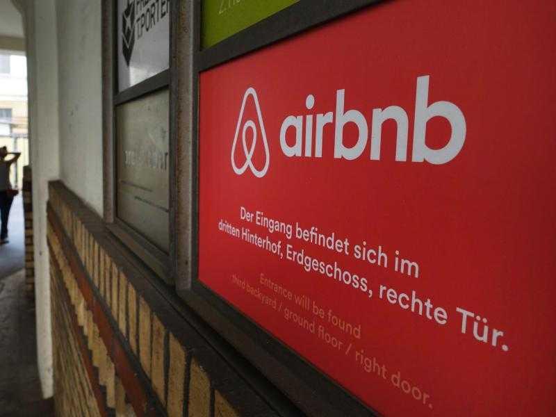"""Paris zieht gegen Airbnb vor Gericht und fordert """"Rekordstrafe"""""""