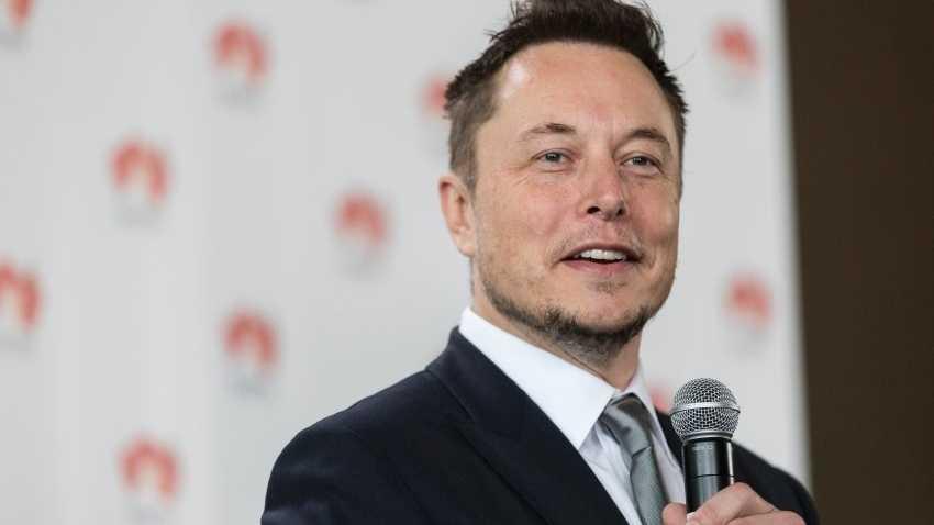 Tesla-Chef verteidigt Ausfälle gegen Analysten in Telefonkonferenz