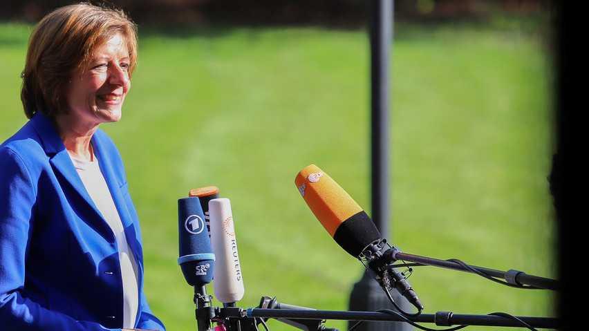 Länder-Chefs wollen ARD und ZDF im Internet mehr erlauben