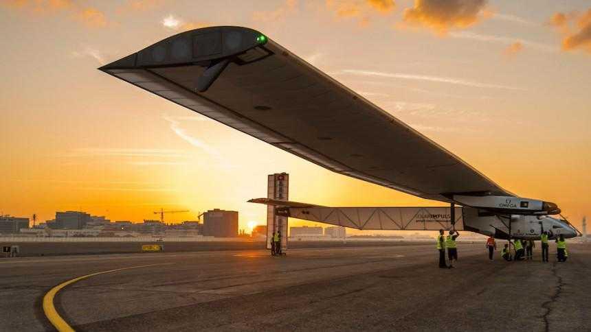 Mit Sonnenkraft um die Welt: Solar Impulse 2 vor Erdumrundung