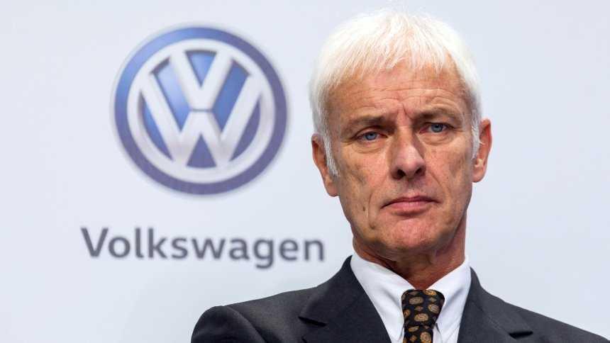 VW-Chef Matthias Müller fordert von seiner Branche, ihre Hausaufgaben beim Elektro-Antrieb zu machen.