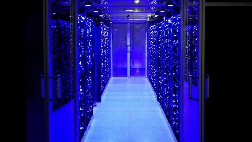 Österreichs Petaflops-Rechner nimmt Betrieb auf