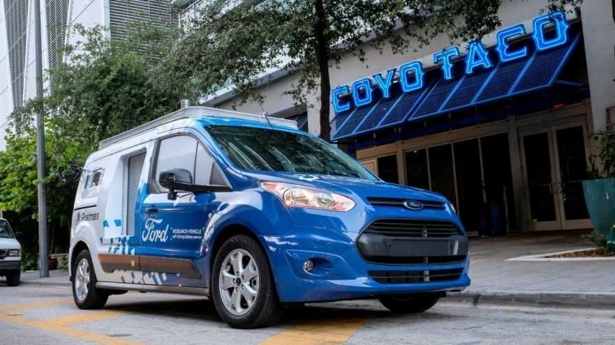 Essen auf autonomen Rädern: Ford wird zum automatischen Pizzaboten