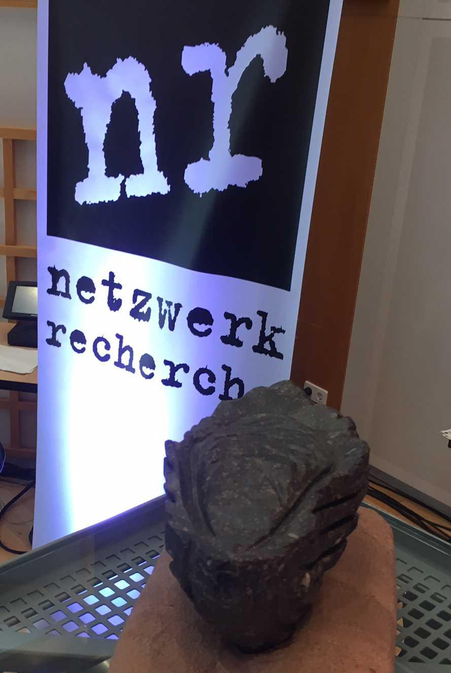 """Netzwerk Recherche: Facebook erhält Negativpreis """"Verschlossene Auster"""" wegen Umgang mit Hate Speech"""
