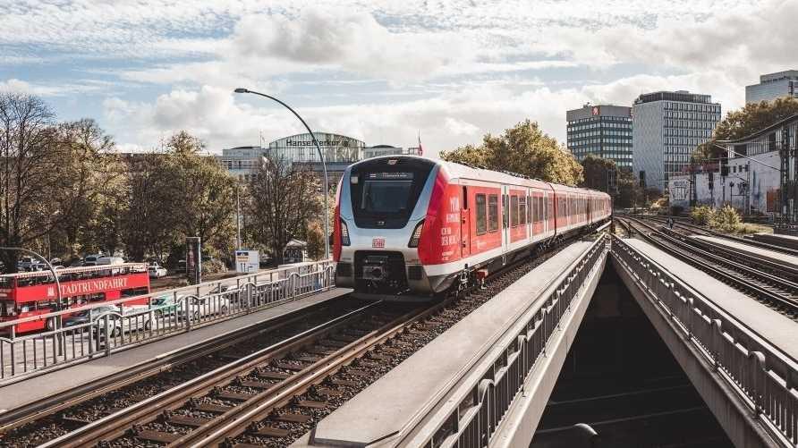 Software-Update: Hamburger S-Bahn soll jetzt wieder pünktlicher fahren
