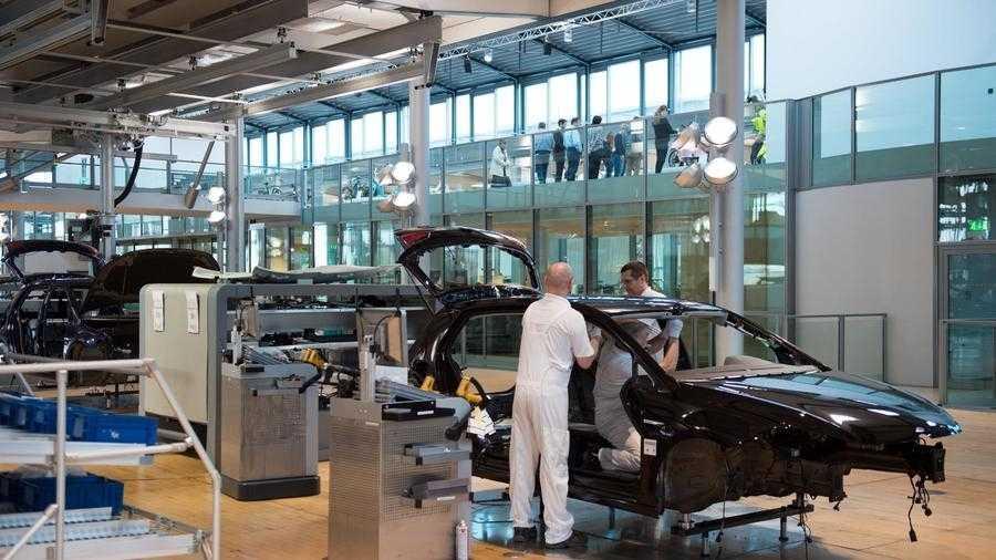 Umstieg auf Elektroautos könnte rund 100.000 Arbeitsplätze kosten