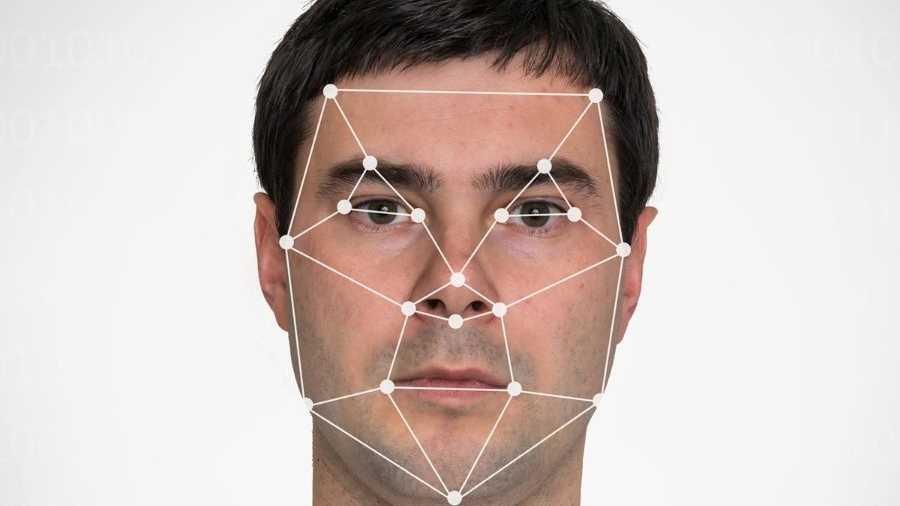 Face Unlock: Handys von Sony und Nokia lassen sich mit Portraits entsperren