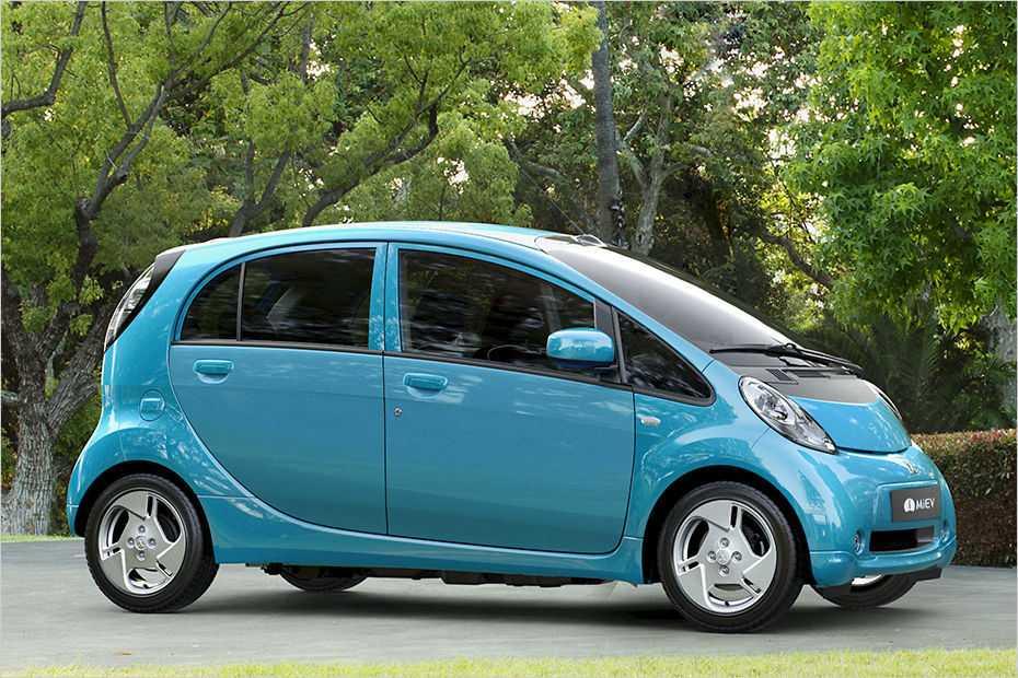 """Der """"i-MiEV"""" heißt jetzt """"Electric Vehicle"""" und wurde mit 23.790 Euro um 5000 Euro günstiger."""