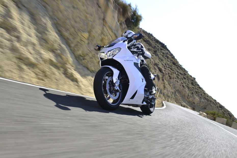 Praxistest, Praxistest Honda VFR 800 F