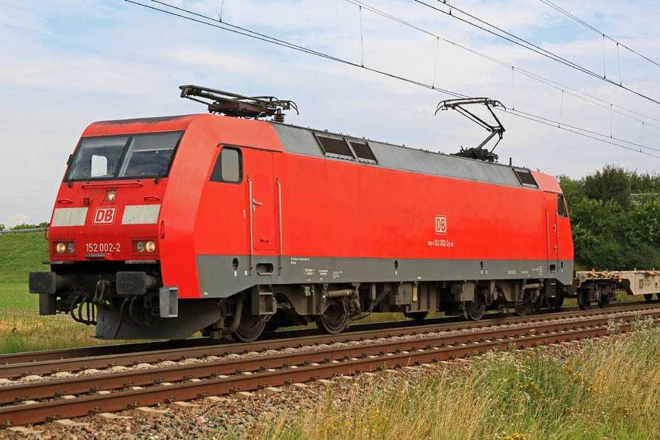 Lok der Baureihe 152 der DB Cargo